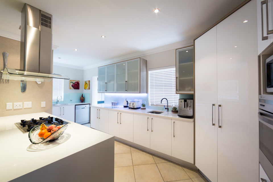 White High Gloss Acrylic Essential Kitchens